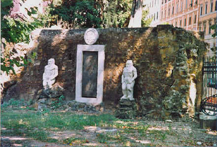 Piazza vittorio - Porta magica piazza vittorio ...